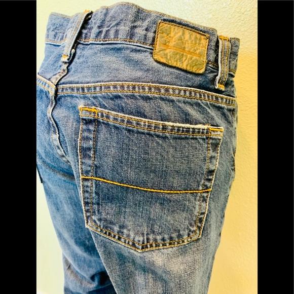 Axist straight leg denim blue jeans size 32W/30L